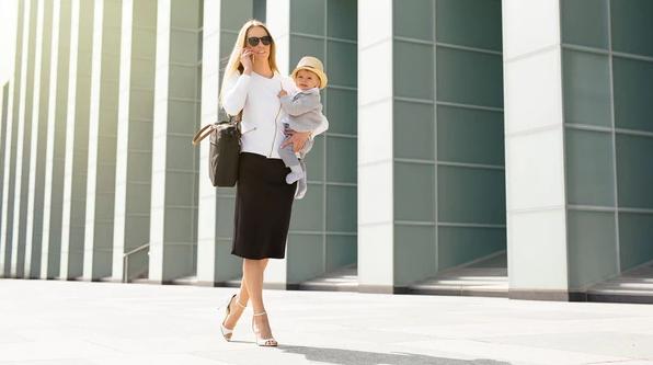 ¿Maternidad vs. crecimiento profesional? Una mujer con hijos hoy gana un 31% menos que su par masculino